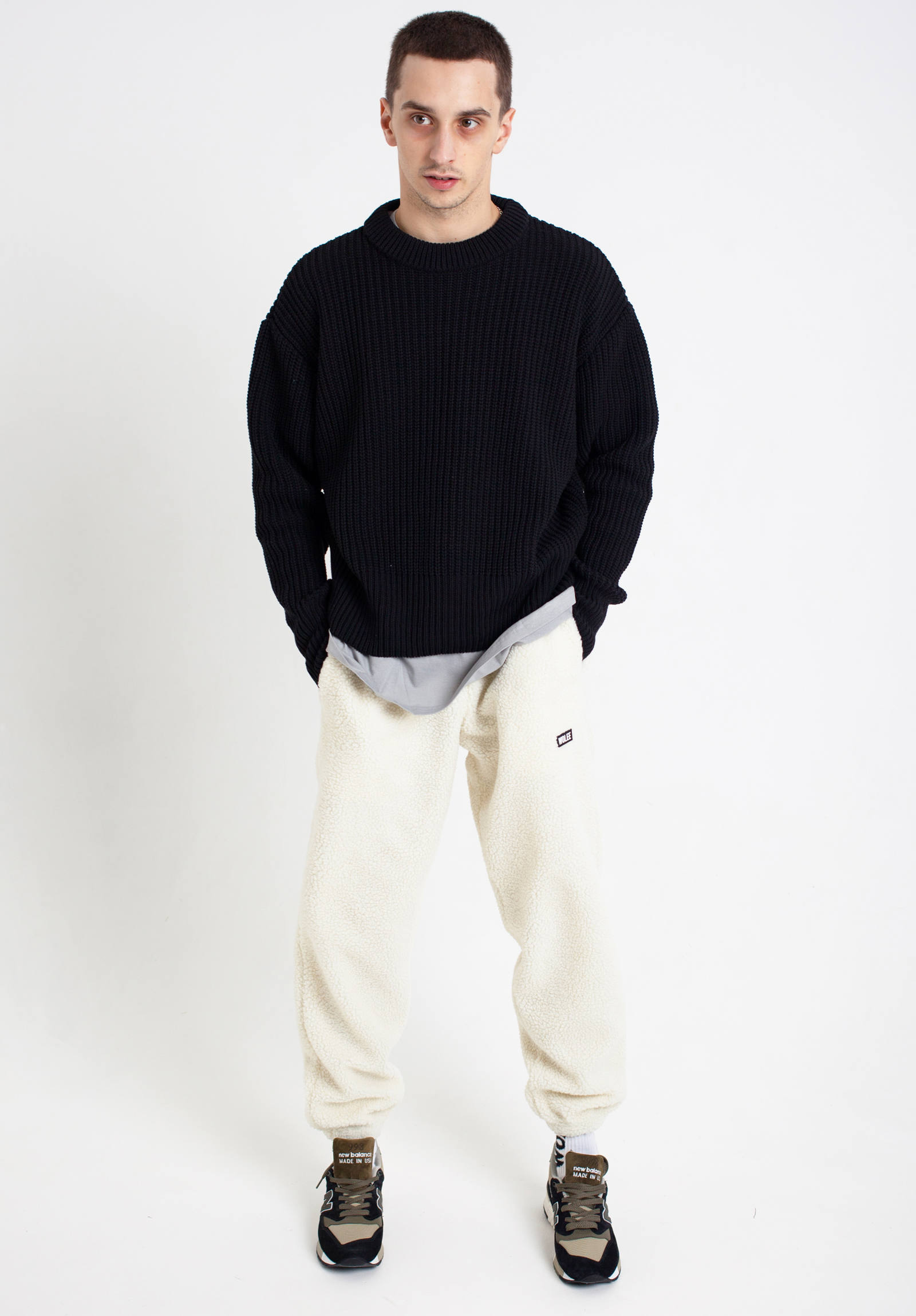 クルーネックセーター Crewneck Knit Sweater -Black-